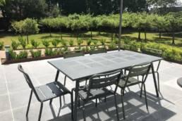 Aménagement espace détente en extérieur en entreprise - Thieffry Parc & Jardin